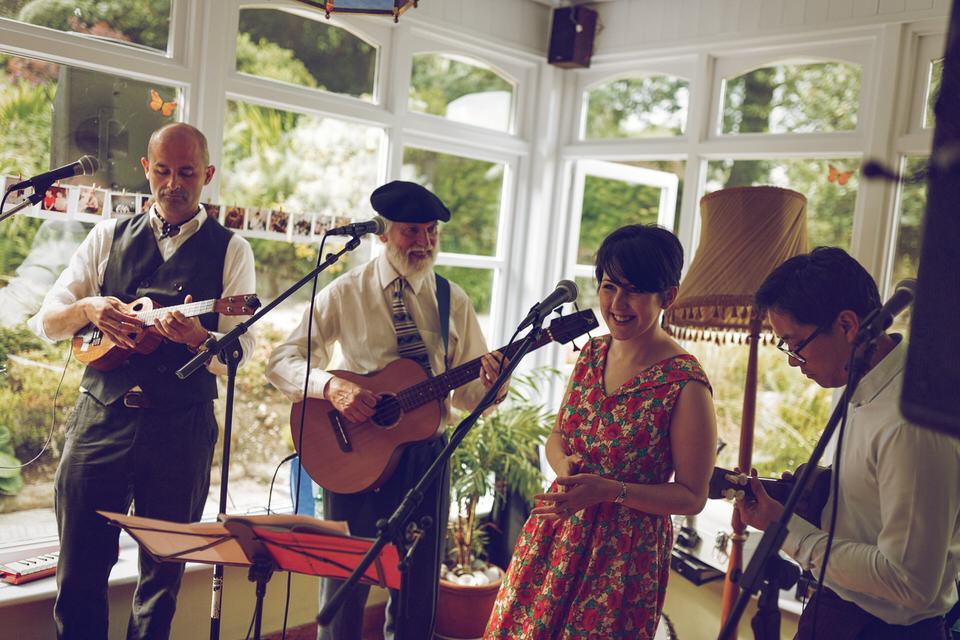 Wedding-photographer-wicklow-dublin_Ballybeg_090.jpg
