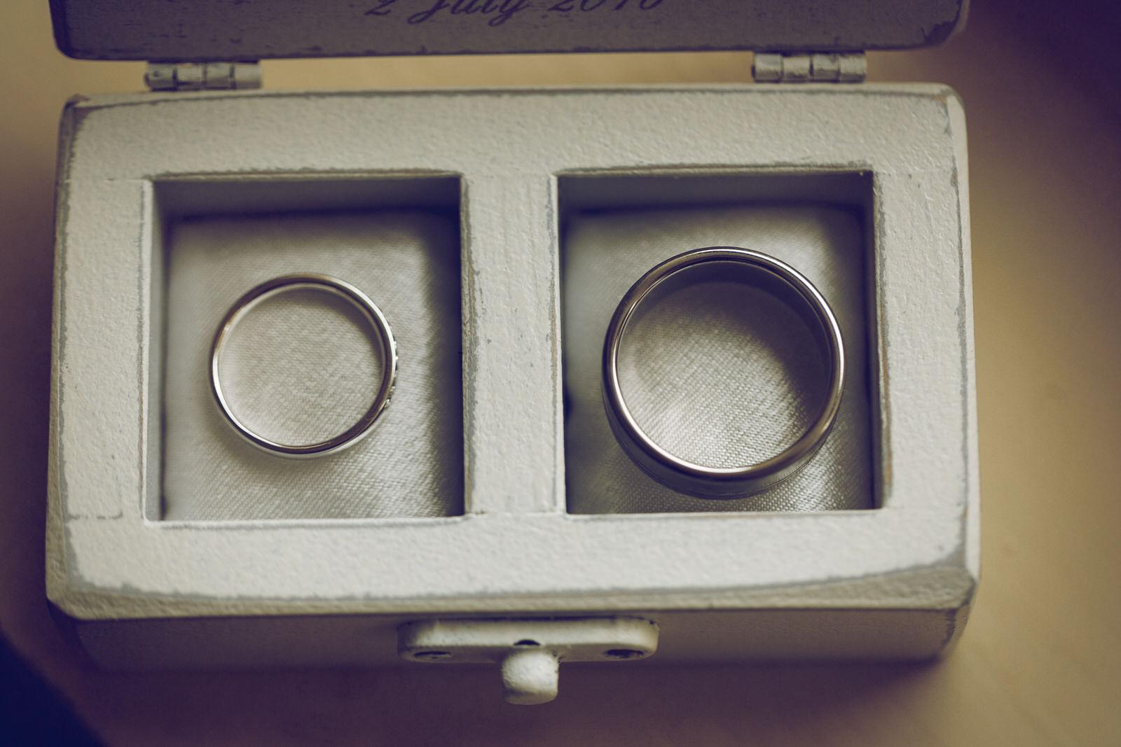 Brooklodge-wicklow-wedding-photographer_005.jpg