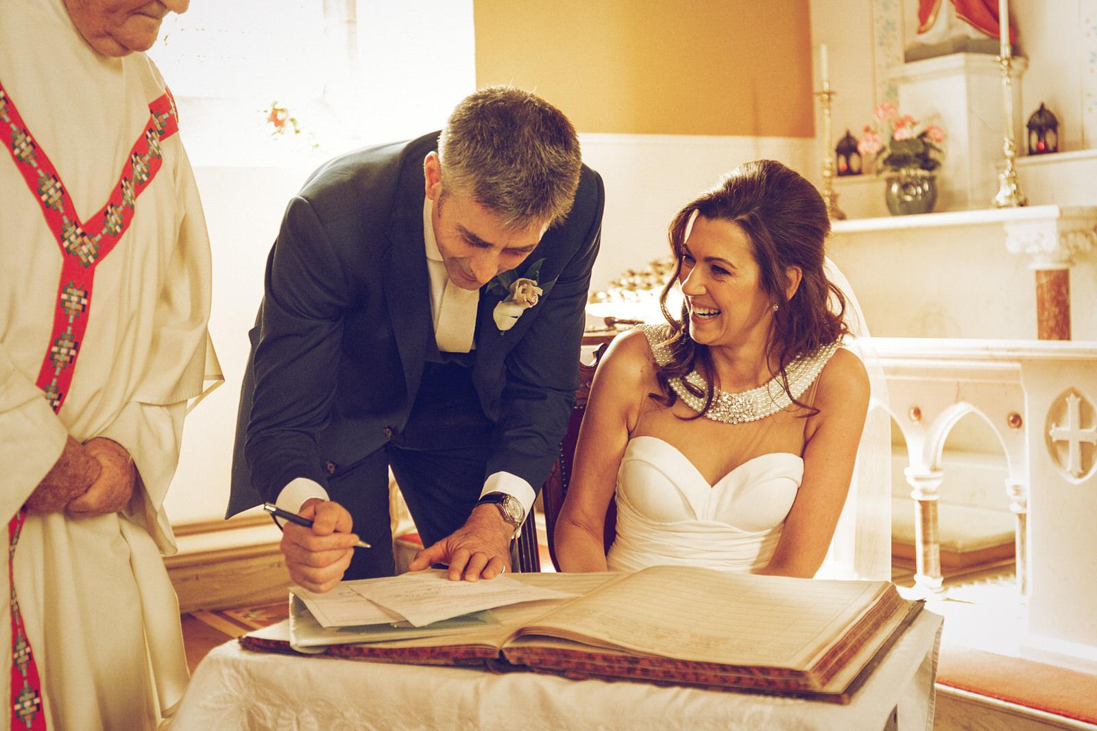 Brooklodge-wicklow-wedding-photographer_046.jpg