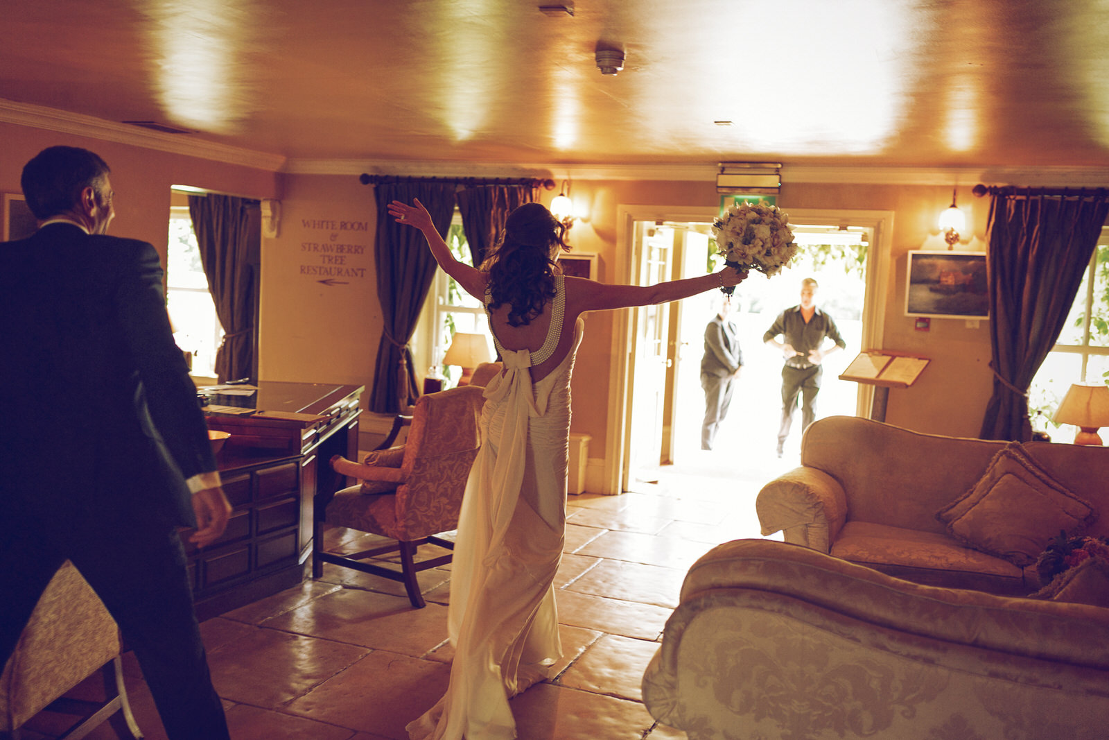 Brooklodge-wicklow-wedding-photographer_068.jpg