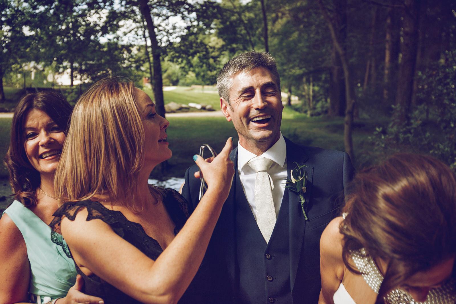 Brooklodge-wicklow-wedding-photographer_091.jpg