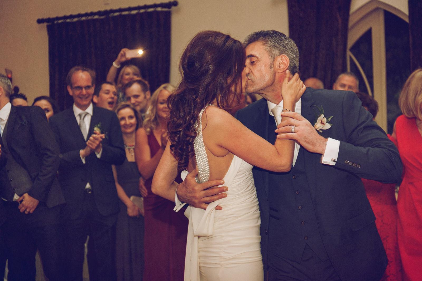Brooklodge-wicklow-wedding-photographer_146.jpg