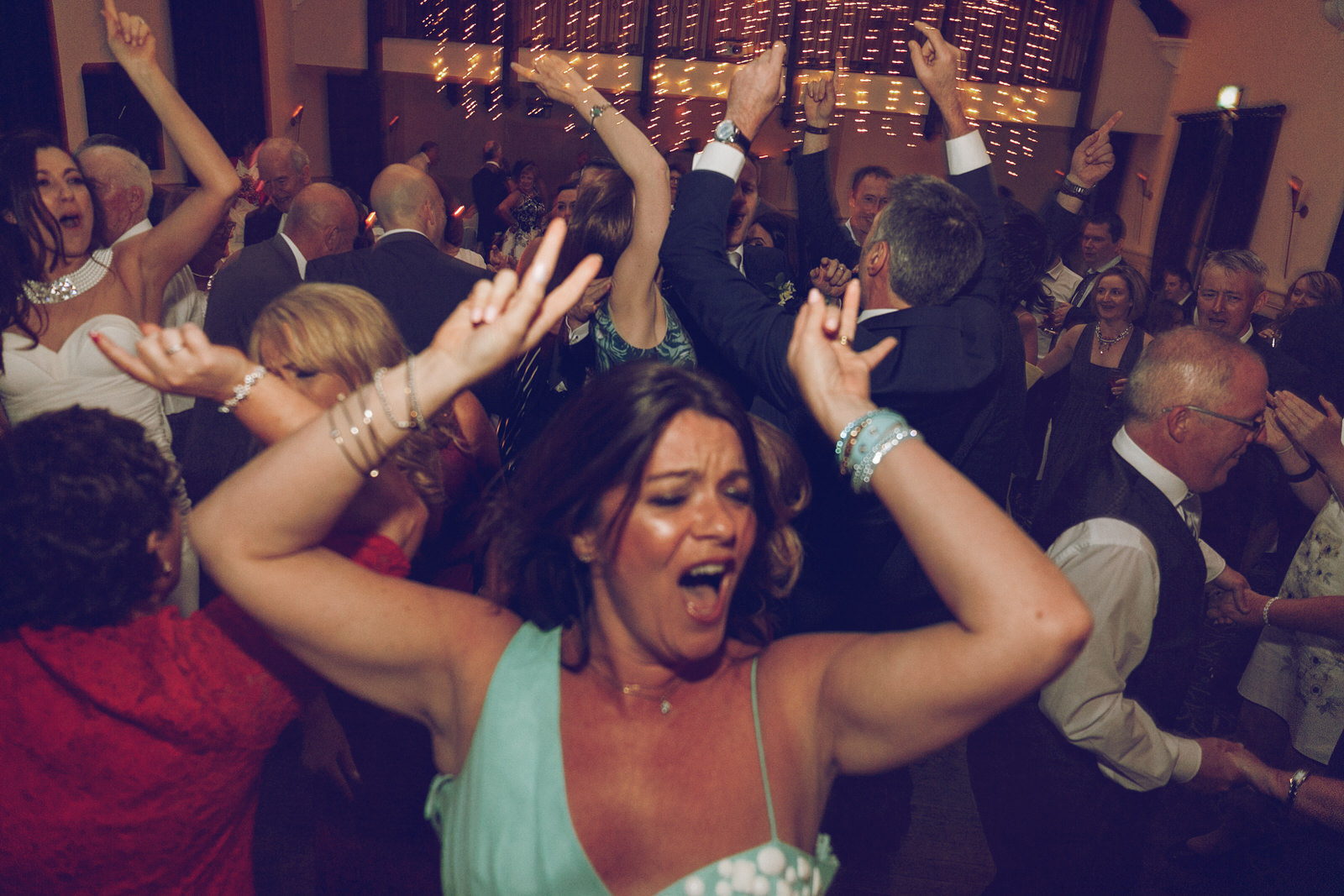 Brooklodge-wicklow-wedding-photographer_149.jpg