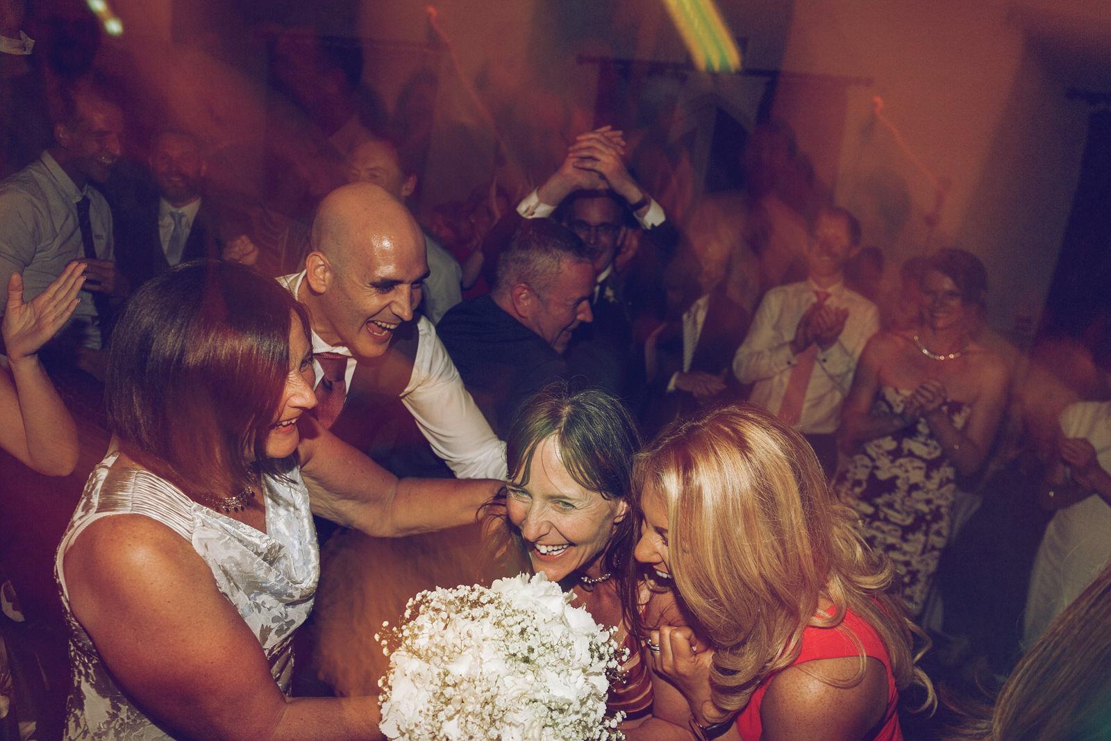 Brooklodge-wicklow-wedding-photographer_154.jpg