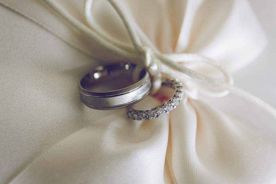Elaine-Damien-Wedding-Farnham-Photographer004.jpg