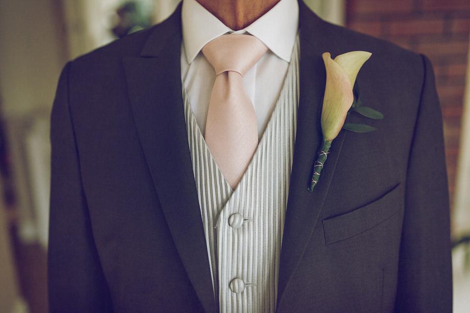 Elaine-Damien-Wedding-Farnham-Photographer008.jpg