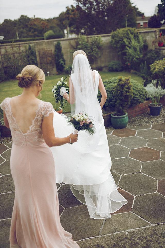 Elaine-Damien-Wedding-Farnham-Photographer013.jpg
