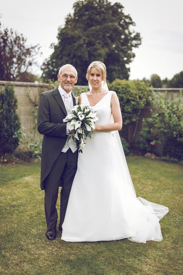 Elaine-Damien-Wedding-Farnham-Photographer017.jpg