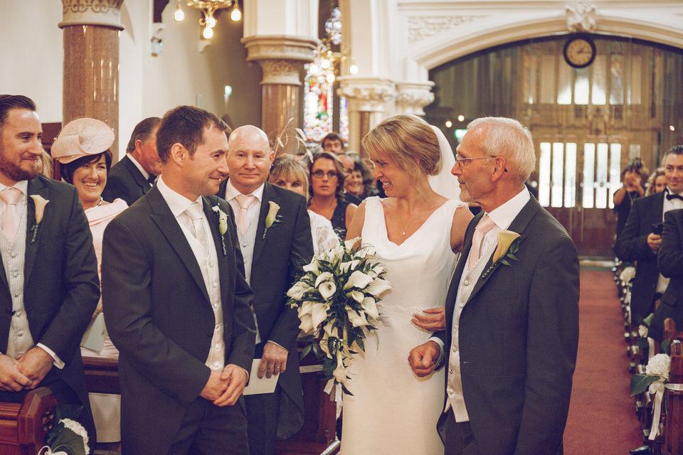 Elaine-Damien-Wedding-Farnham-Photographer026.jpg
