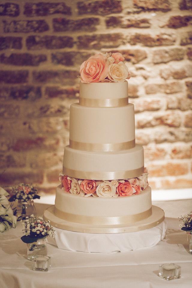 Elaine-Damien-Wedding-Farnham-Photographer060.jpg