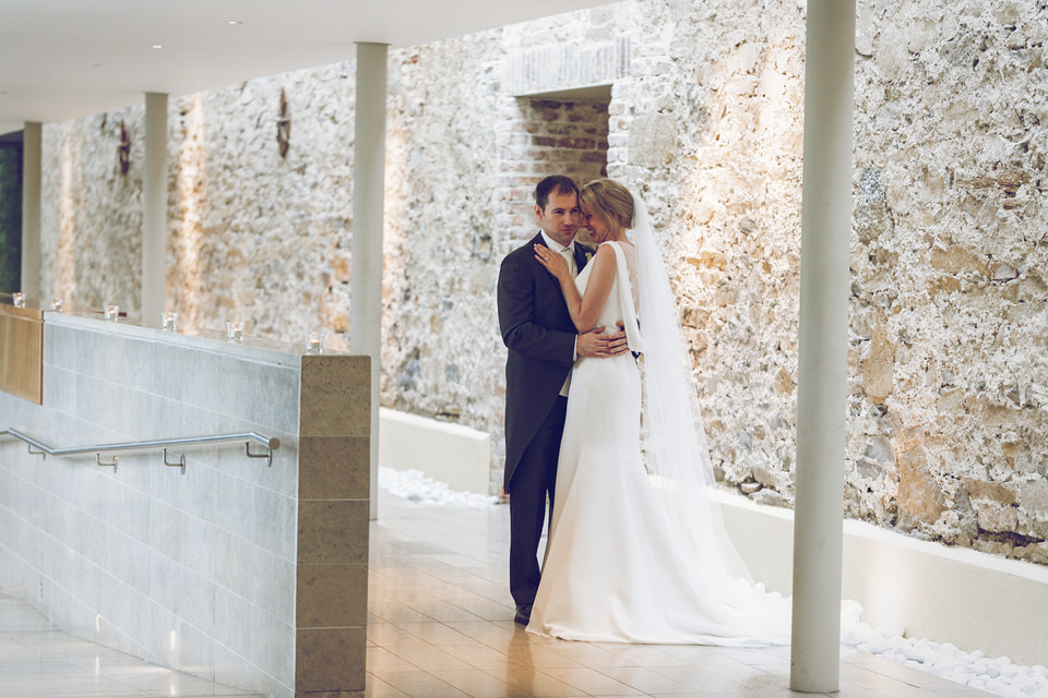 Elaine-Damien-Wedding-Farnham-Photographer090.jpg