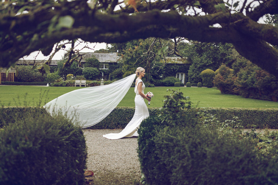 Dublin-Wedding-photographer-roger-kenny_Rathsallagh_040.jpg