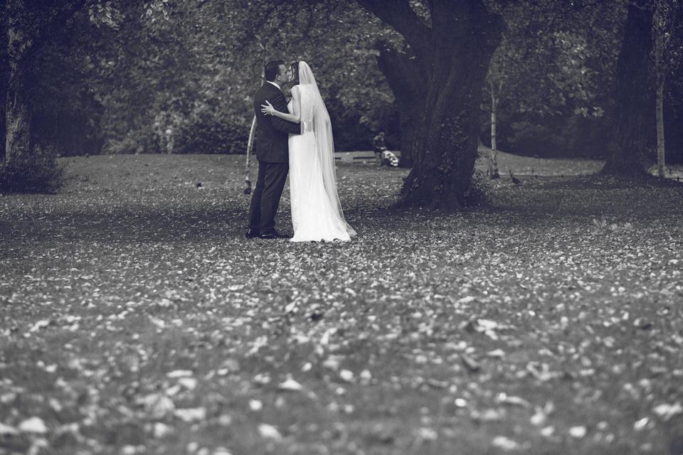 Wedding-photography-dublin-city-cliff-town-house_058.jpg