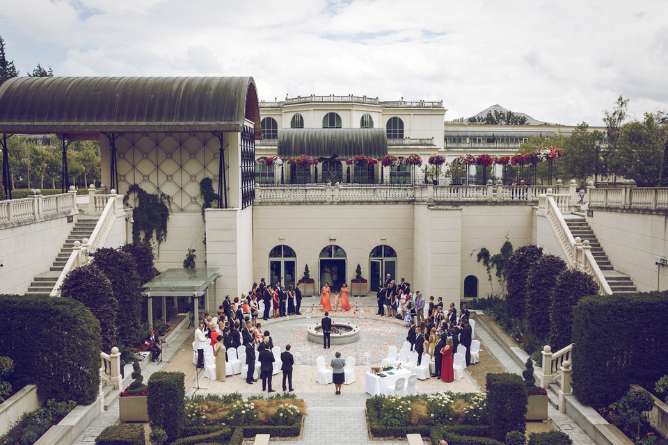 Wedding_photographer_wicklow_powerscourt_035.jpg