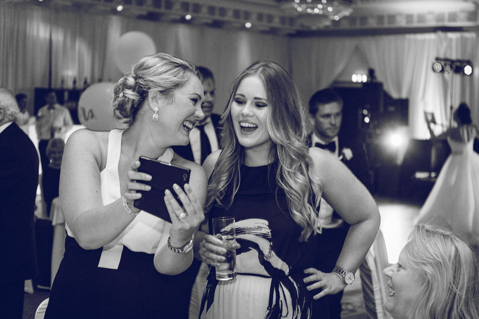 Wedding_photographer_wicklow_powerscourt_094.jpg