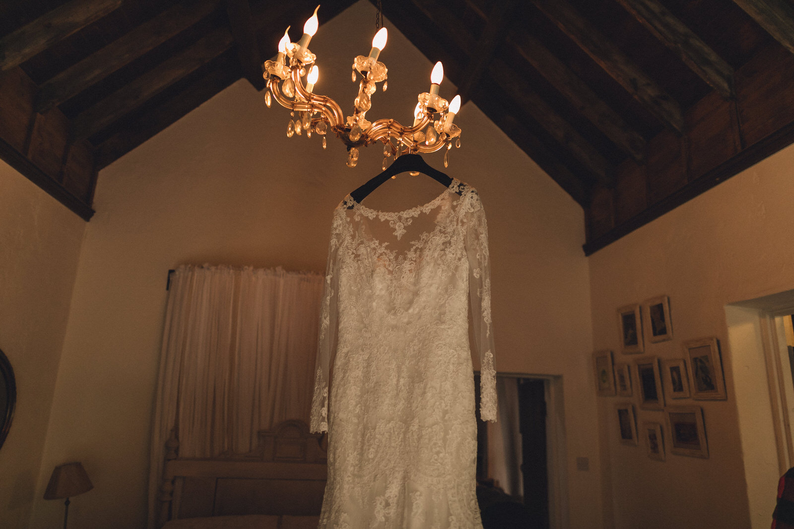 Balybeg-house-ireland-wicklow-wedding-photographer-roger-kenny_greystones013.jpg