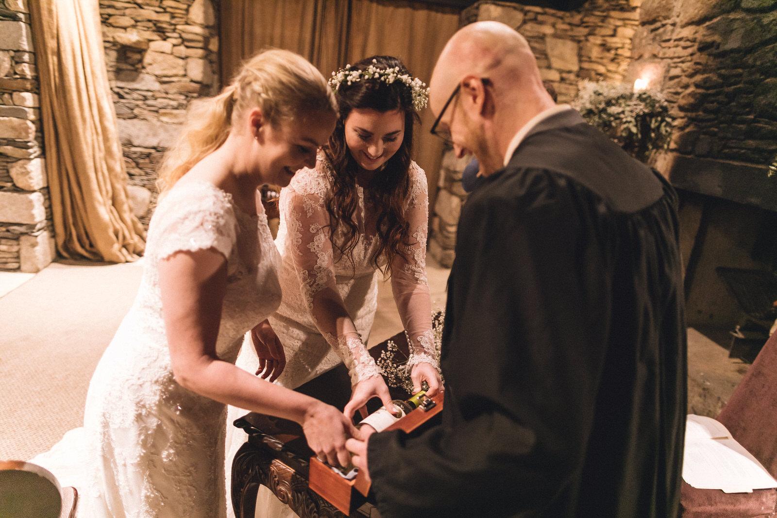 Balybeg-house-ireland-wicklow-wedding-photographer-roger-kenny_greystones048.jpg