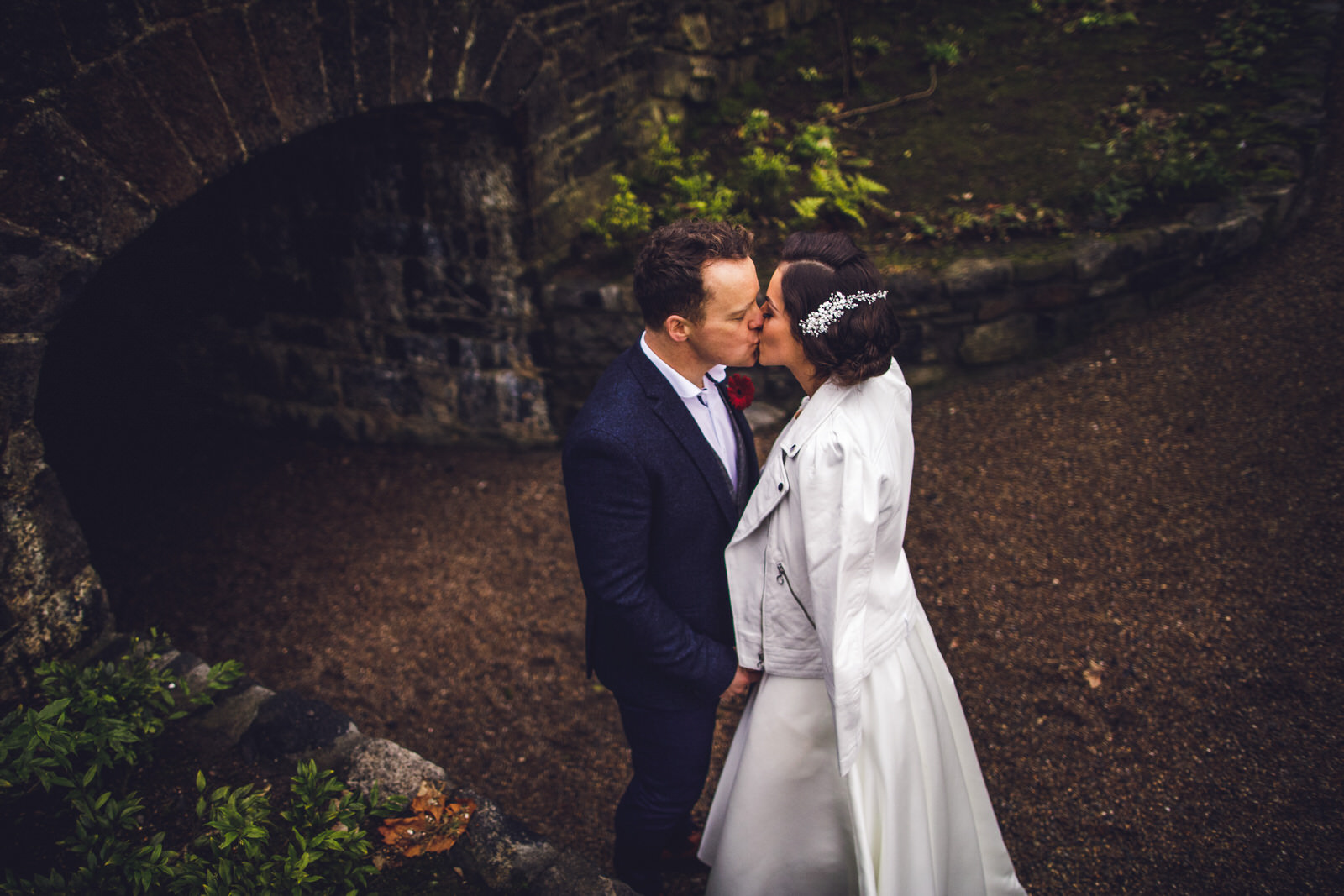 wicklow-wedding-photographer-roger-kenny-portrait-room-clonabreaney-house_104.jpg