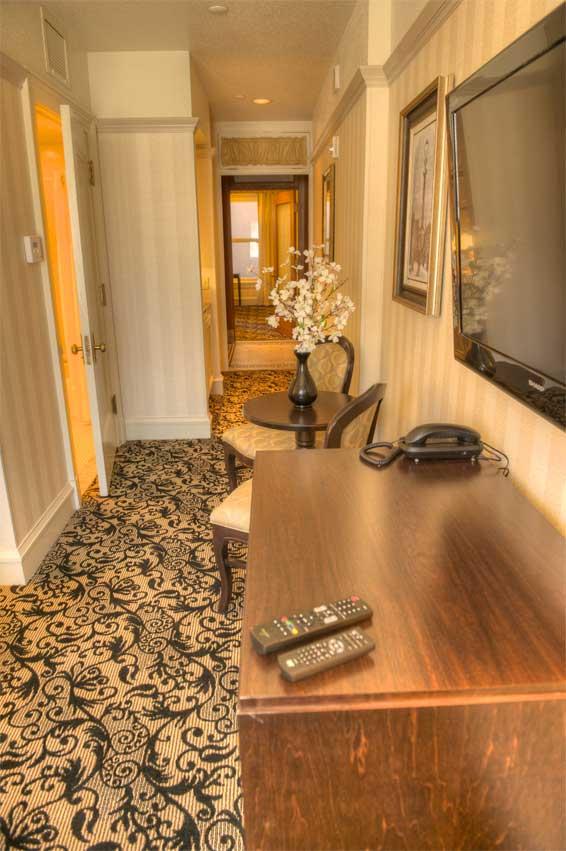 608-tennyson-room-4.jpg