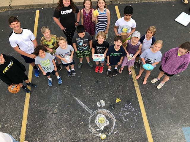 It's the Egg Drop contest! Upper El students created vessels to protect their egg from a 20ft drop to the pavement. Of the 9 eggs dropped, 7 splatted, 1 sustained severe cracks and 2 survived. #eggdropproject  #montessorielementary