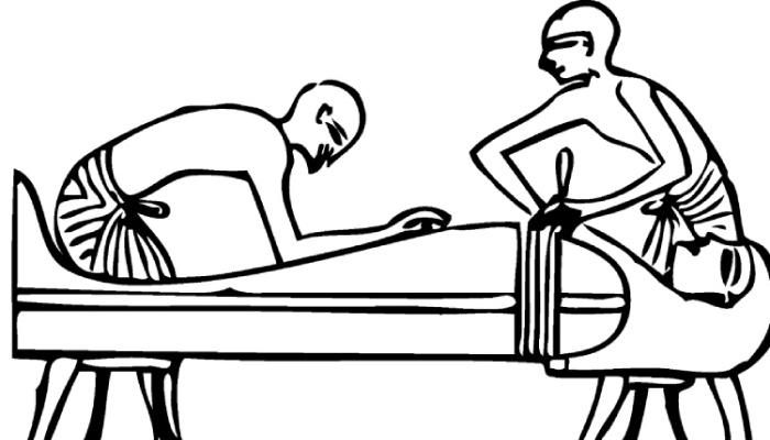 Egyptian-mummy-preparations2.jpg