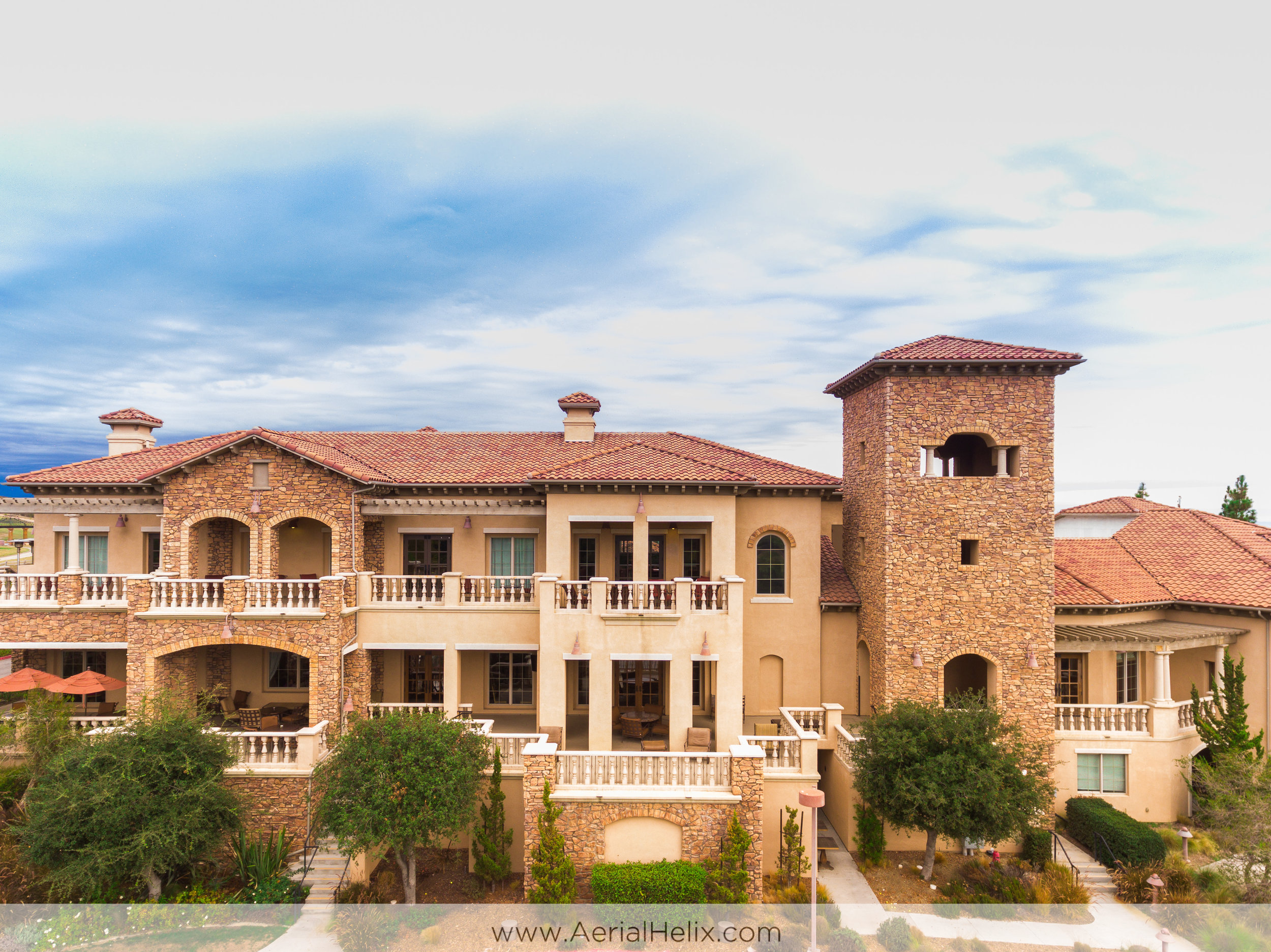 drone photographer for vellano country club