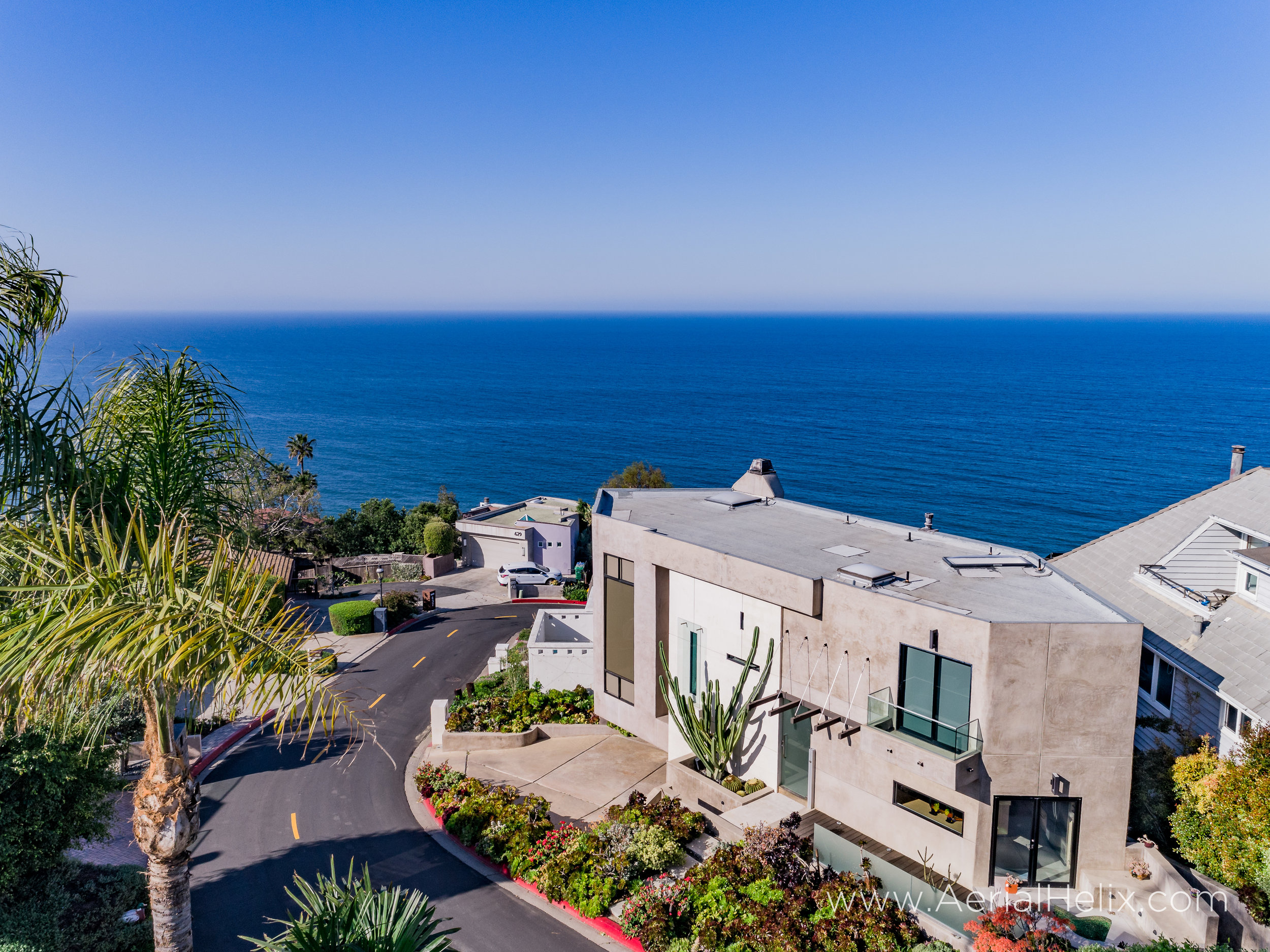 HELIX - Lagun Beach Homes - Aerial Real Estate Photographer-14.jpg