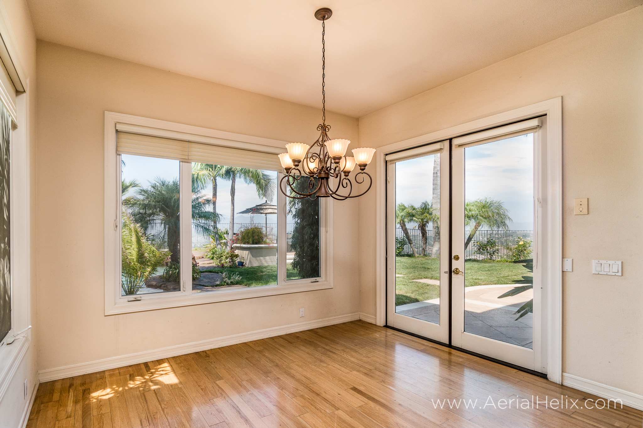HELIX - Vista Montemar - real-estate-photographer-36.jpg
