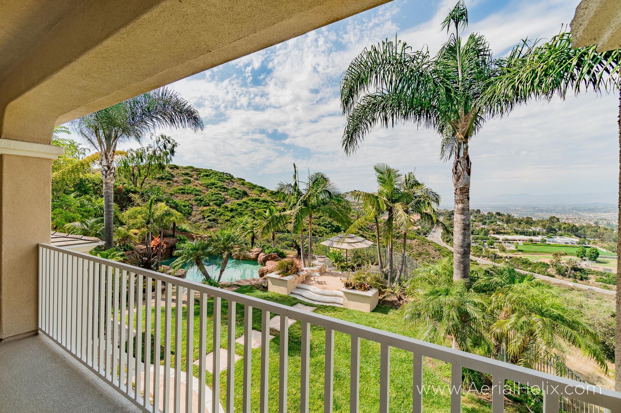 HELIX - Vista Montemar - real-estate-photographer-40.jpg