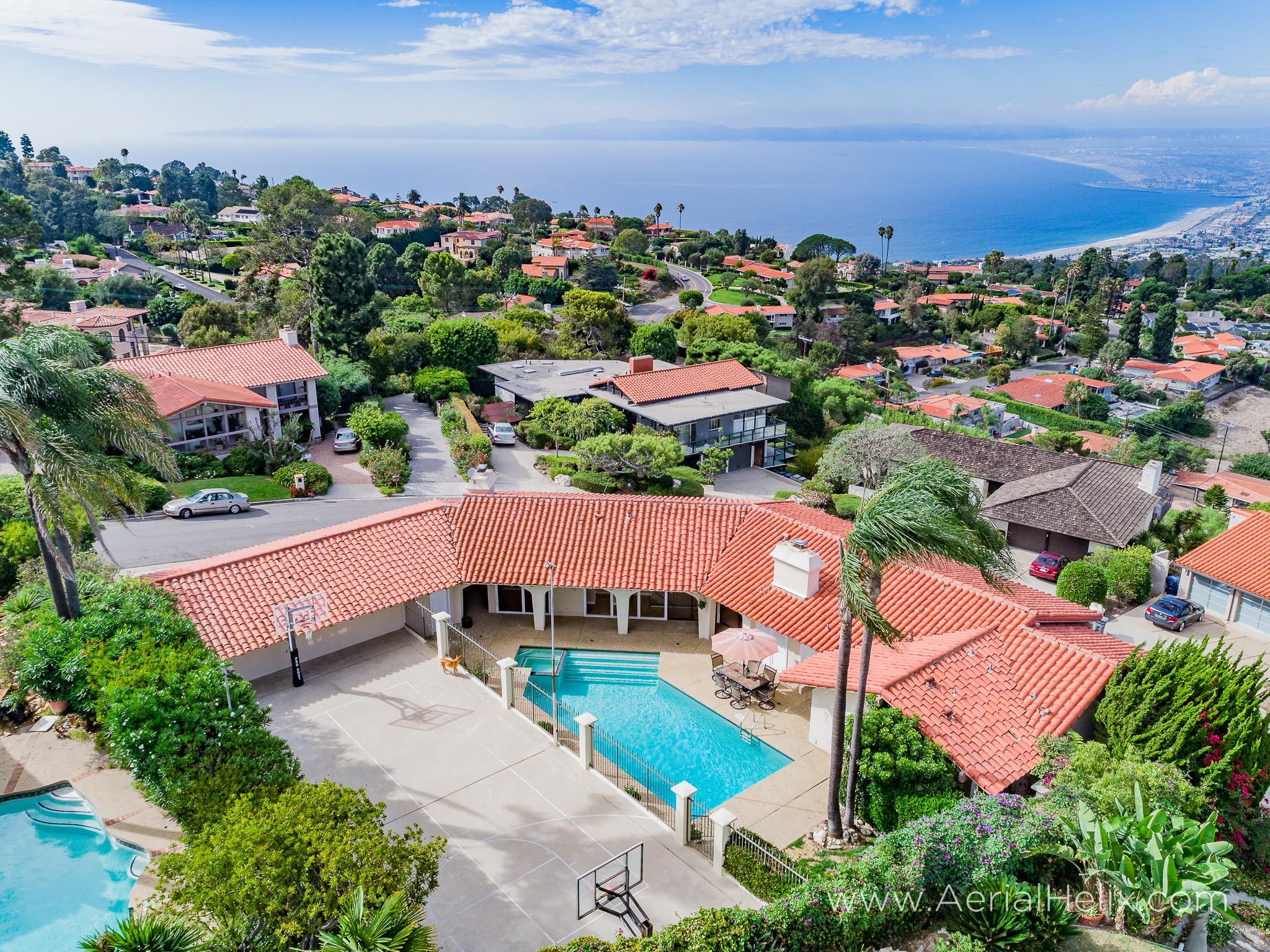 Woodfern Drive - HELIX Real Estate Aerial Photographer-1.jpg