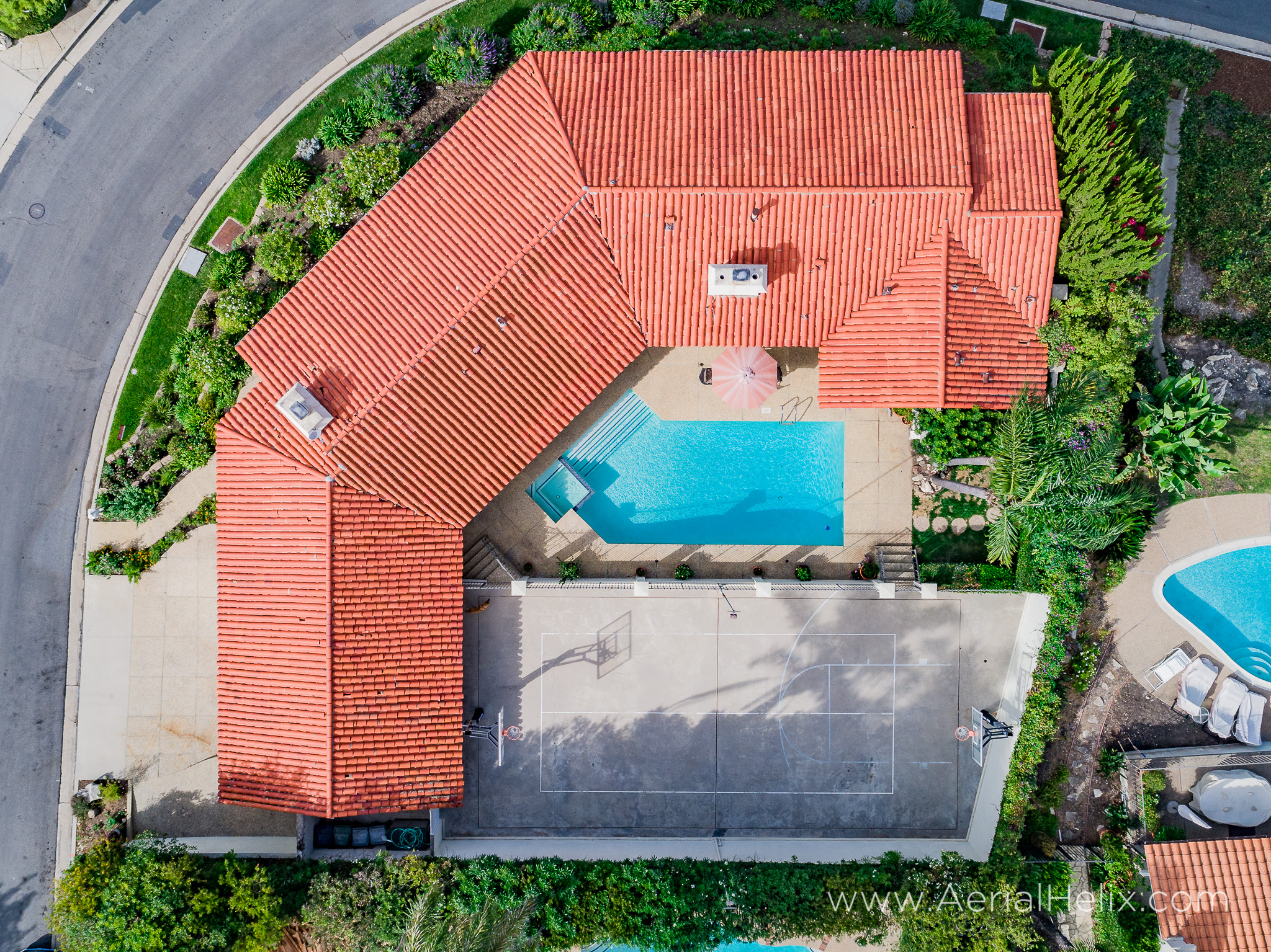 Woodfern Drive - HELIX Real Estate Aerial Photographer-4.jpg