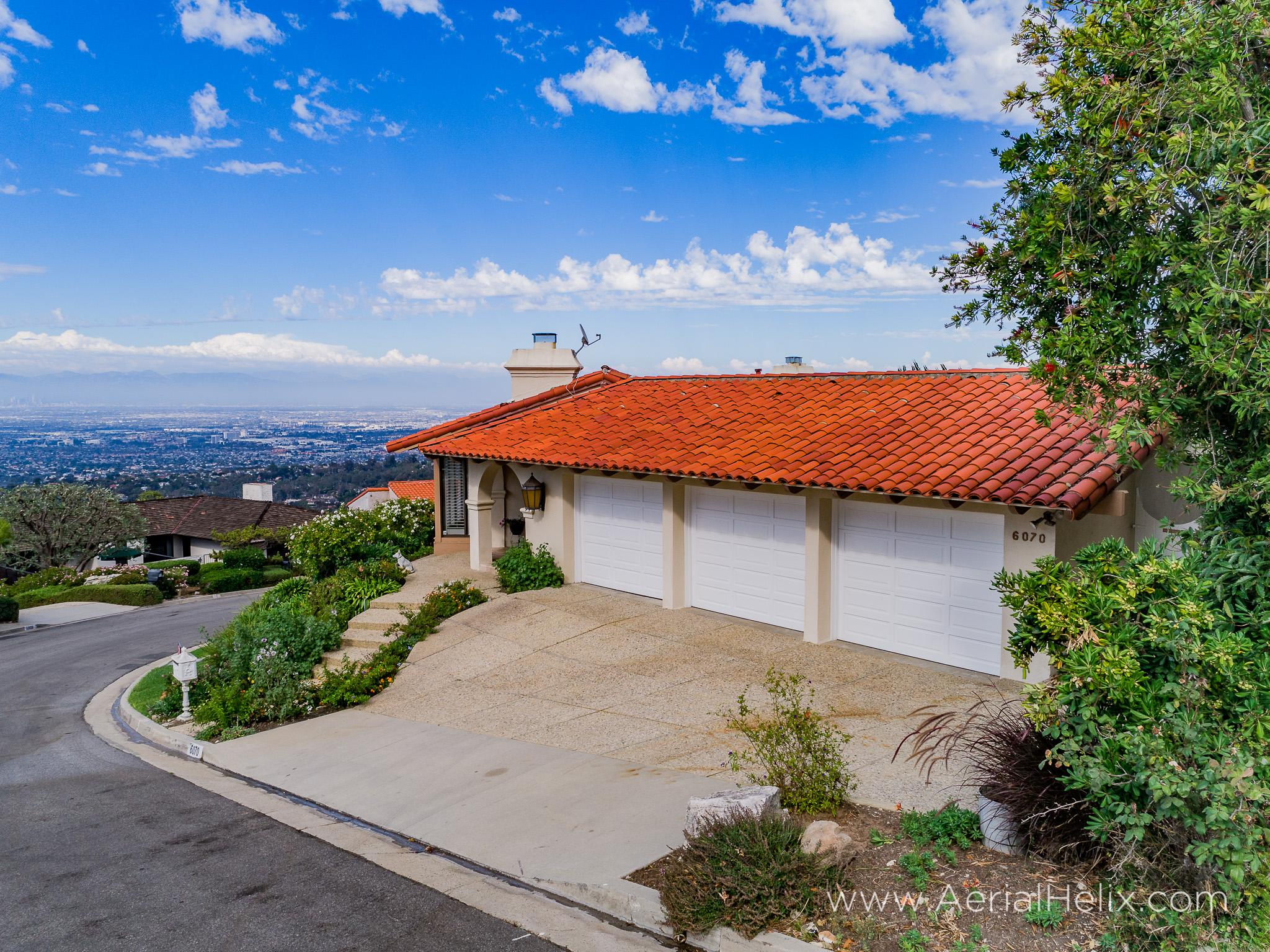 Woodfern Drive - HELIX Real Estate Aerial Photographer-6.jpg