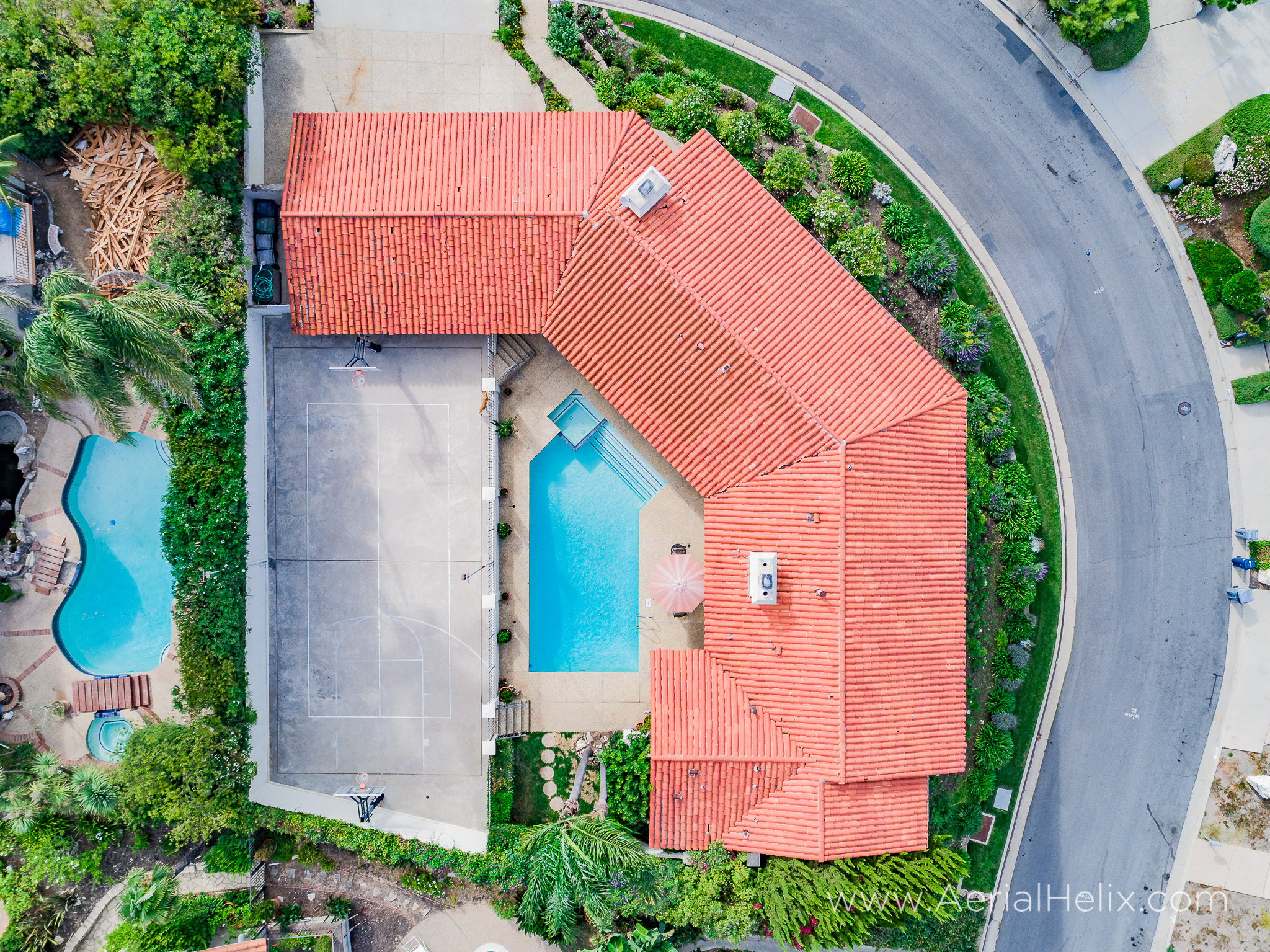 Woodfern Drive - HELIX Real Estate Aerial Photographer-5.jpg