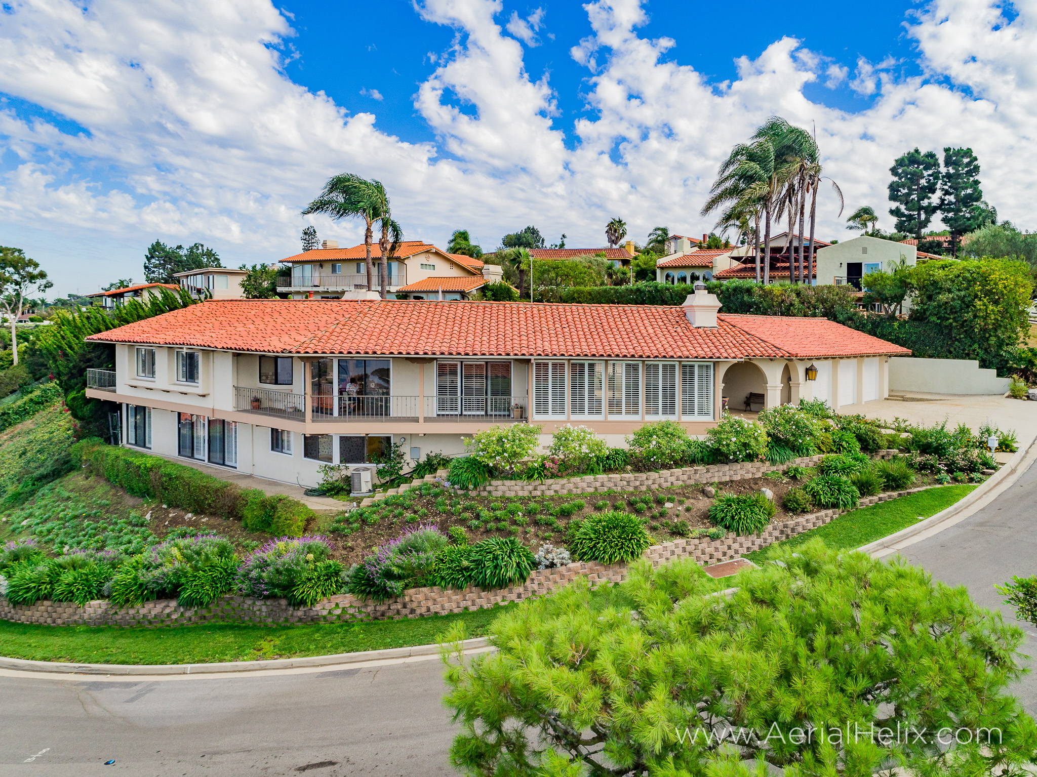 Woodfern Drive - HELIX Real Estate Aerial Photographer-9.jpg