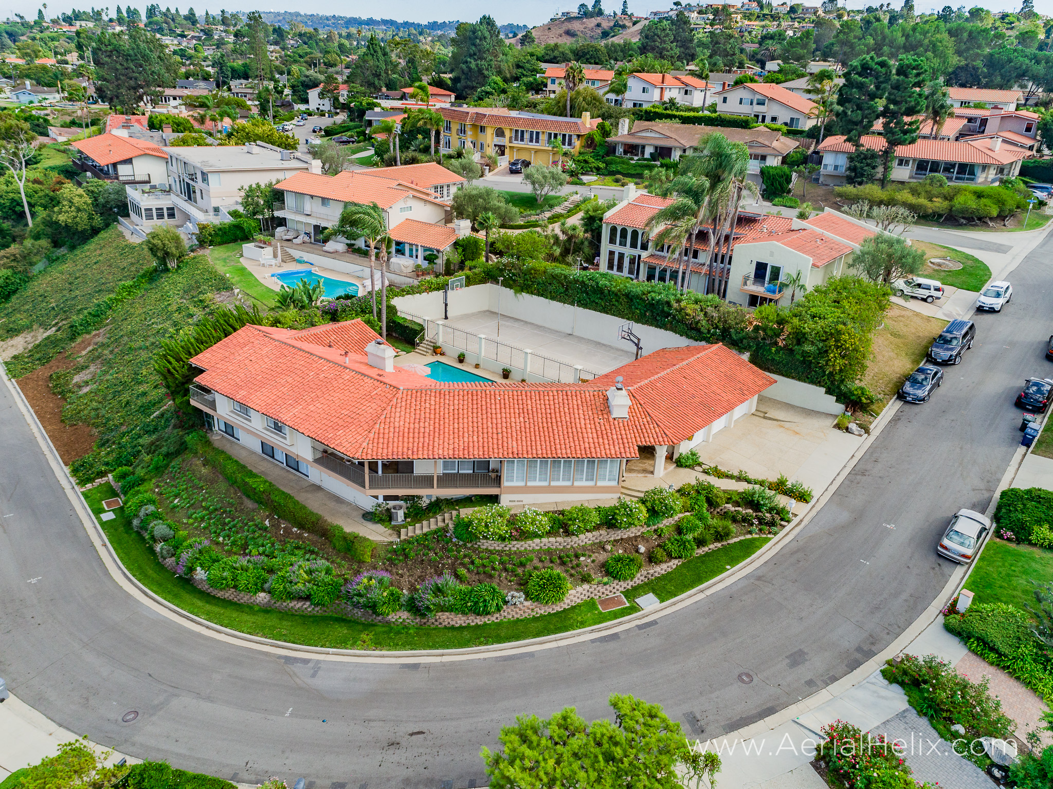 Woodfern Drive - HELIX Real Estate Aerial Photographer-10.jpg