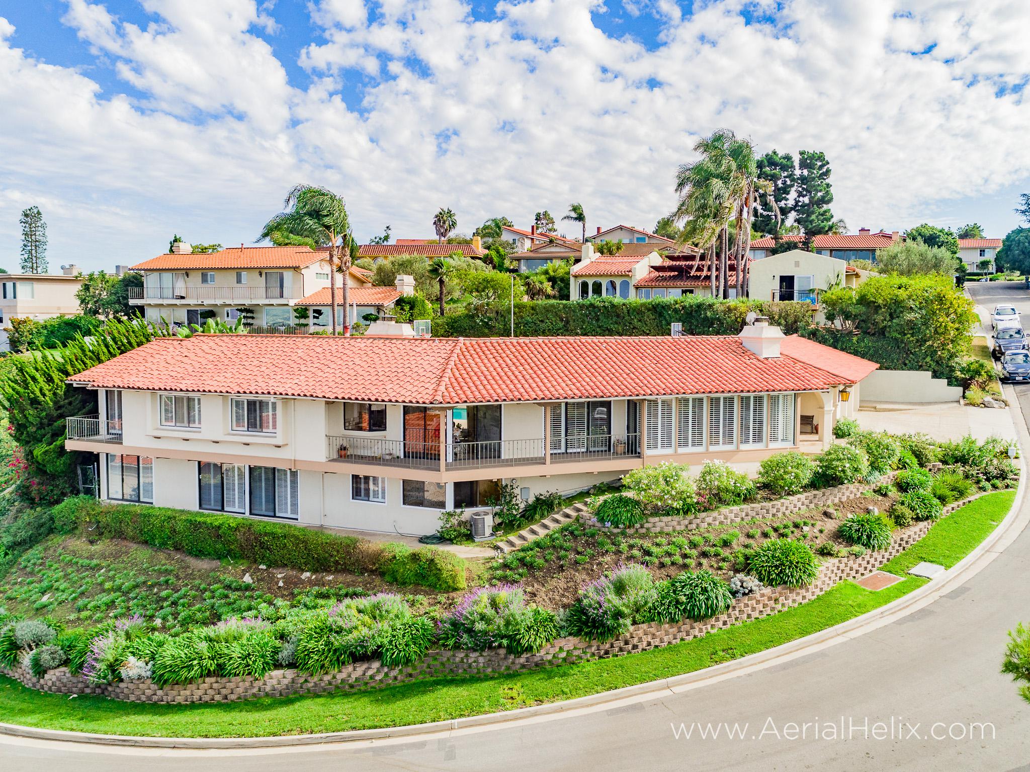 Woodfern Drive - HELIX Real Estate Aerial Photographer-11.jpg