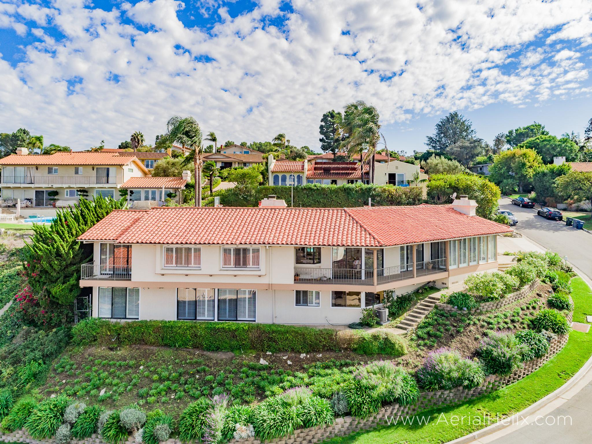 Woodfern Drive - HELIX Real Estate Aerial Photographer-13.jpg