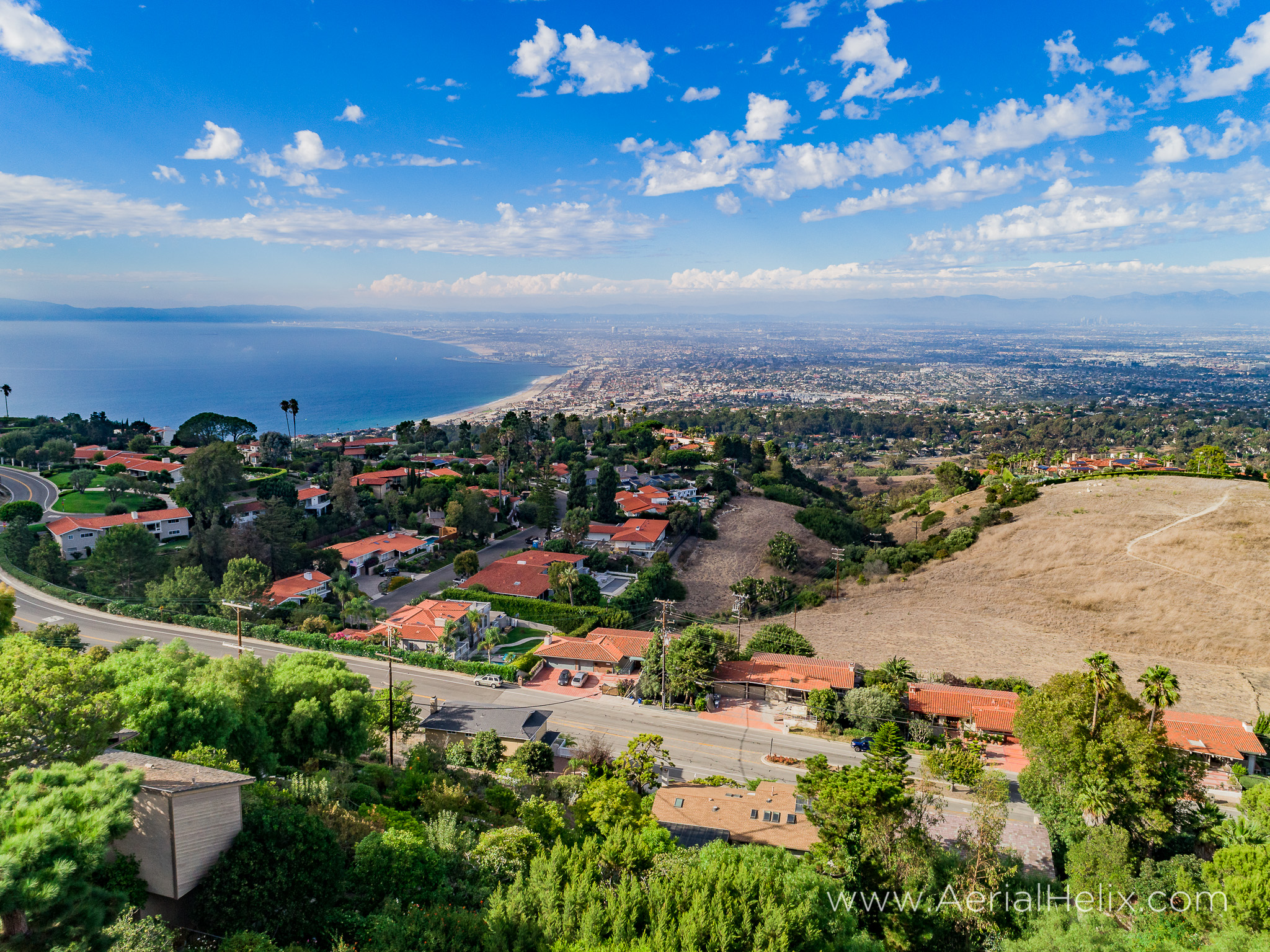 Woodfern Drive - HELIX Real Estate Aerial Photographer-18.jpg