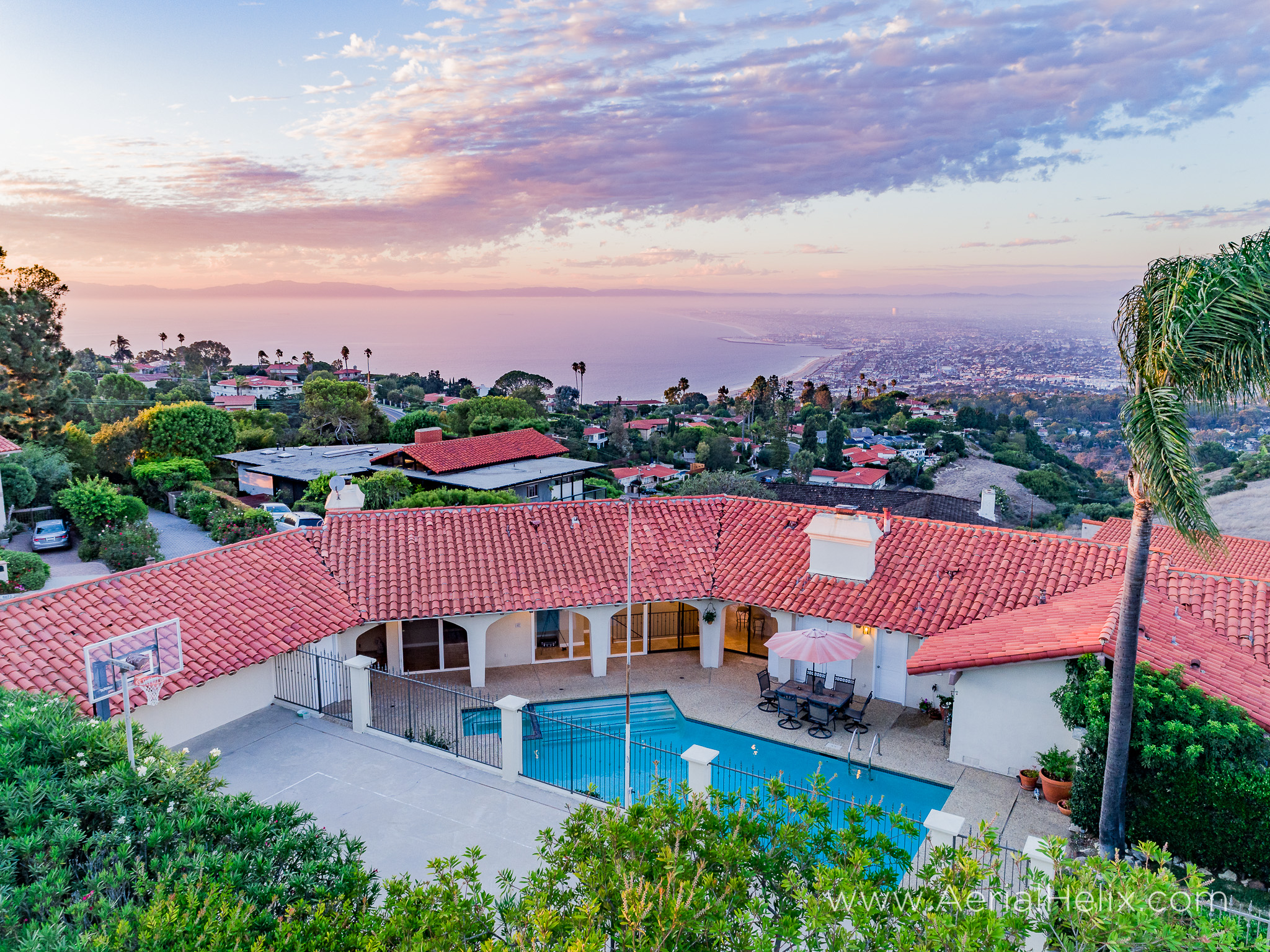 Woodfern Drive - HELIX Real Estate Aerial Photographer-28.jpg