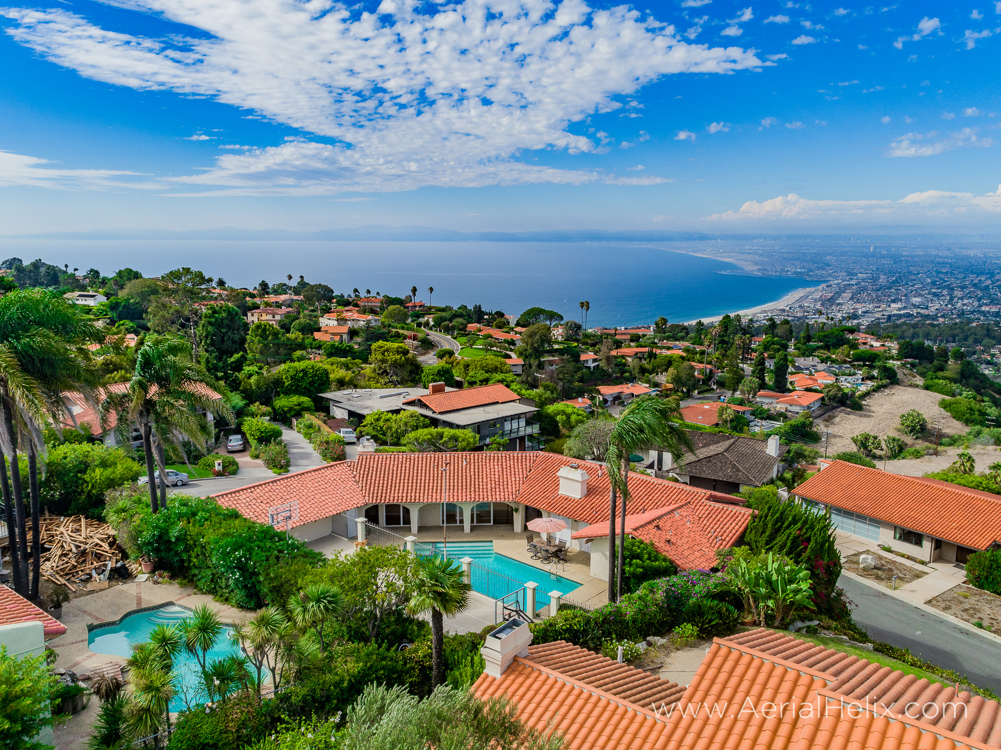 Woodfern Drive - HELIX Real Estate Aerial Photographer-42.jpg