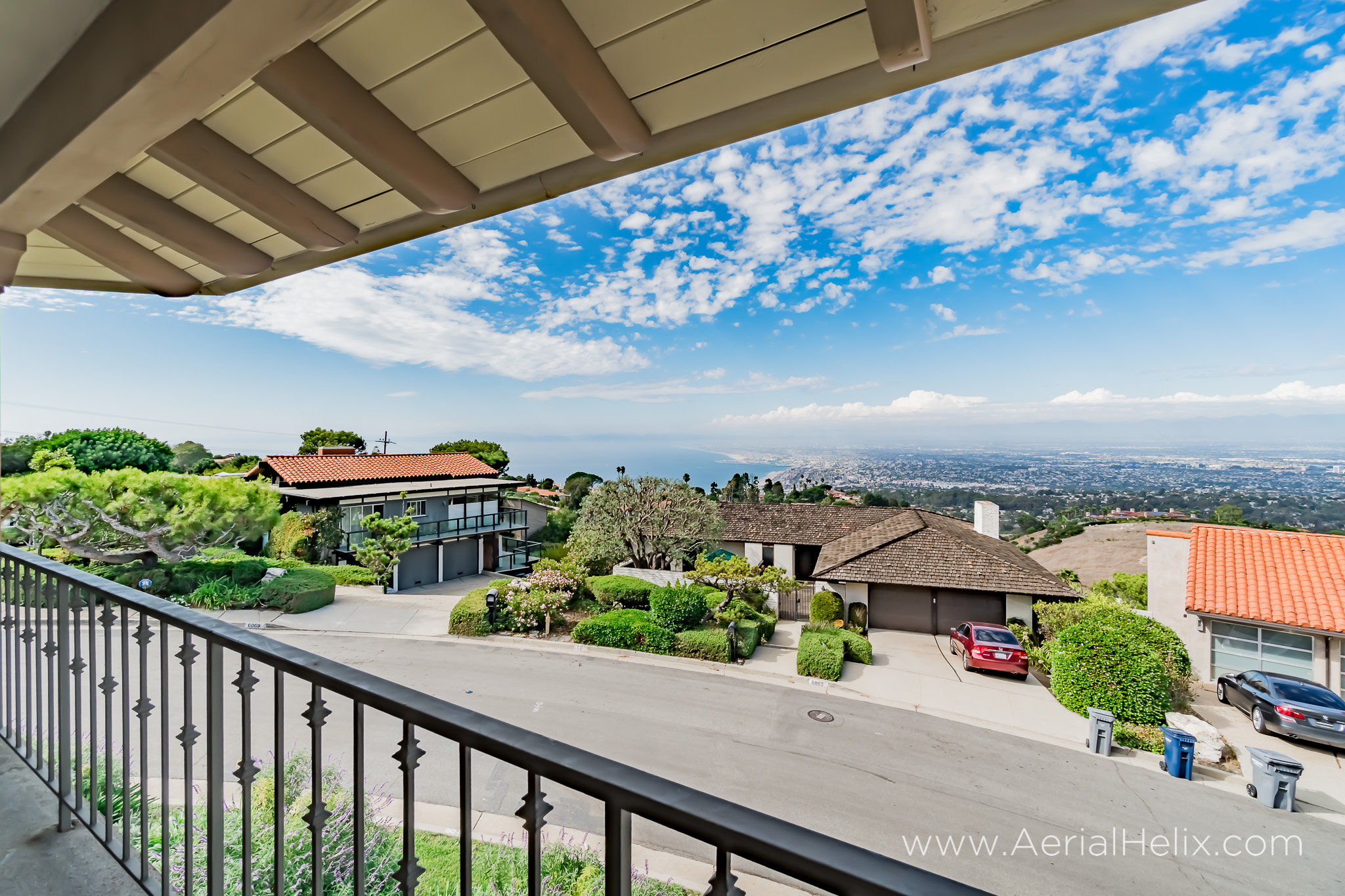 Woodfern Drive Ground- HELIX Real Estate Aerial Photographer-11.jpg