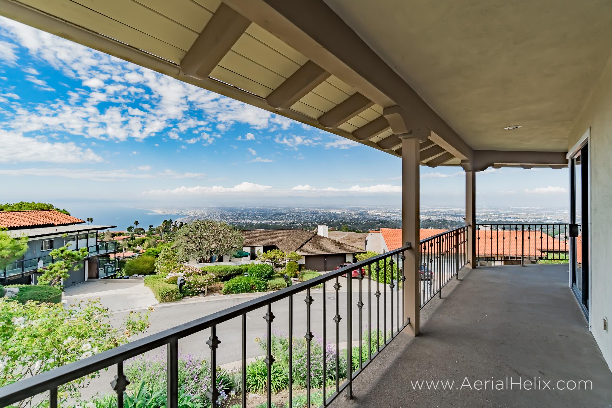 Woodfern Drive Ground- HELIX Real Estate Aerial Photographer-12.jpg