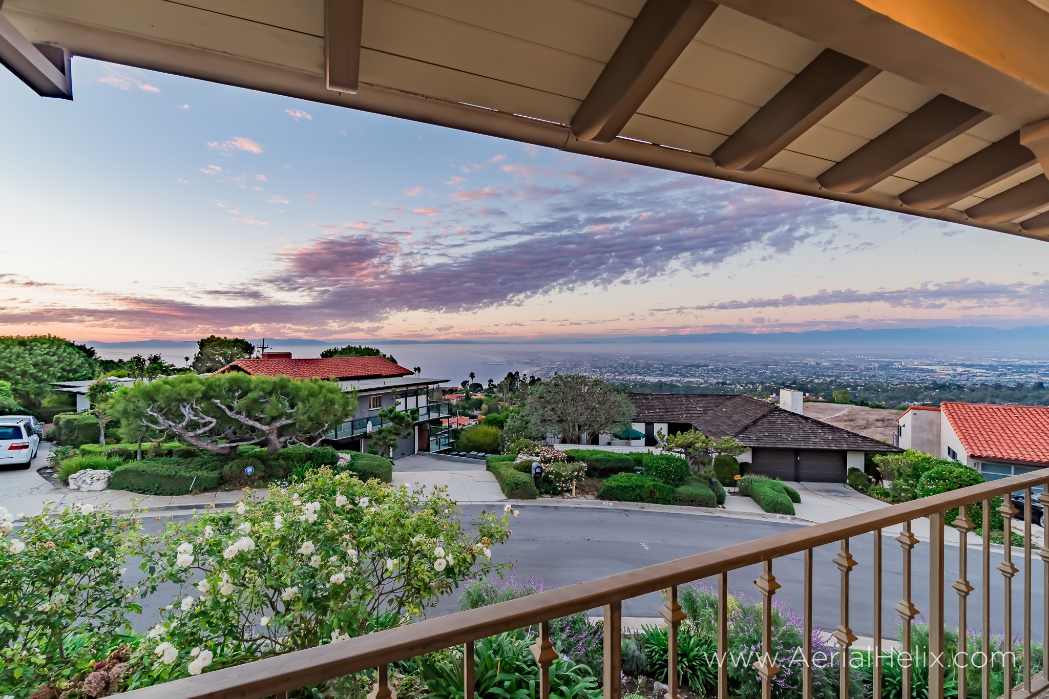 Woodfern Drive Ground- HELIX Real Estate Aerial Photographer-38.jpg