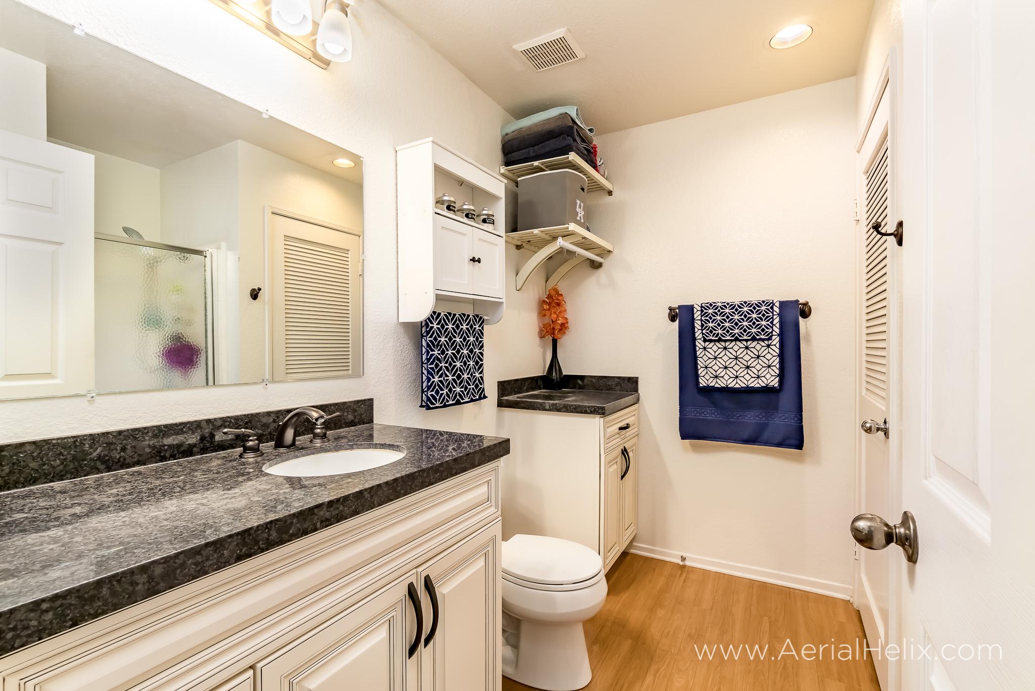 Via Solaz - Real Estate Photographer-14.jpg