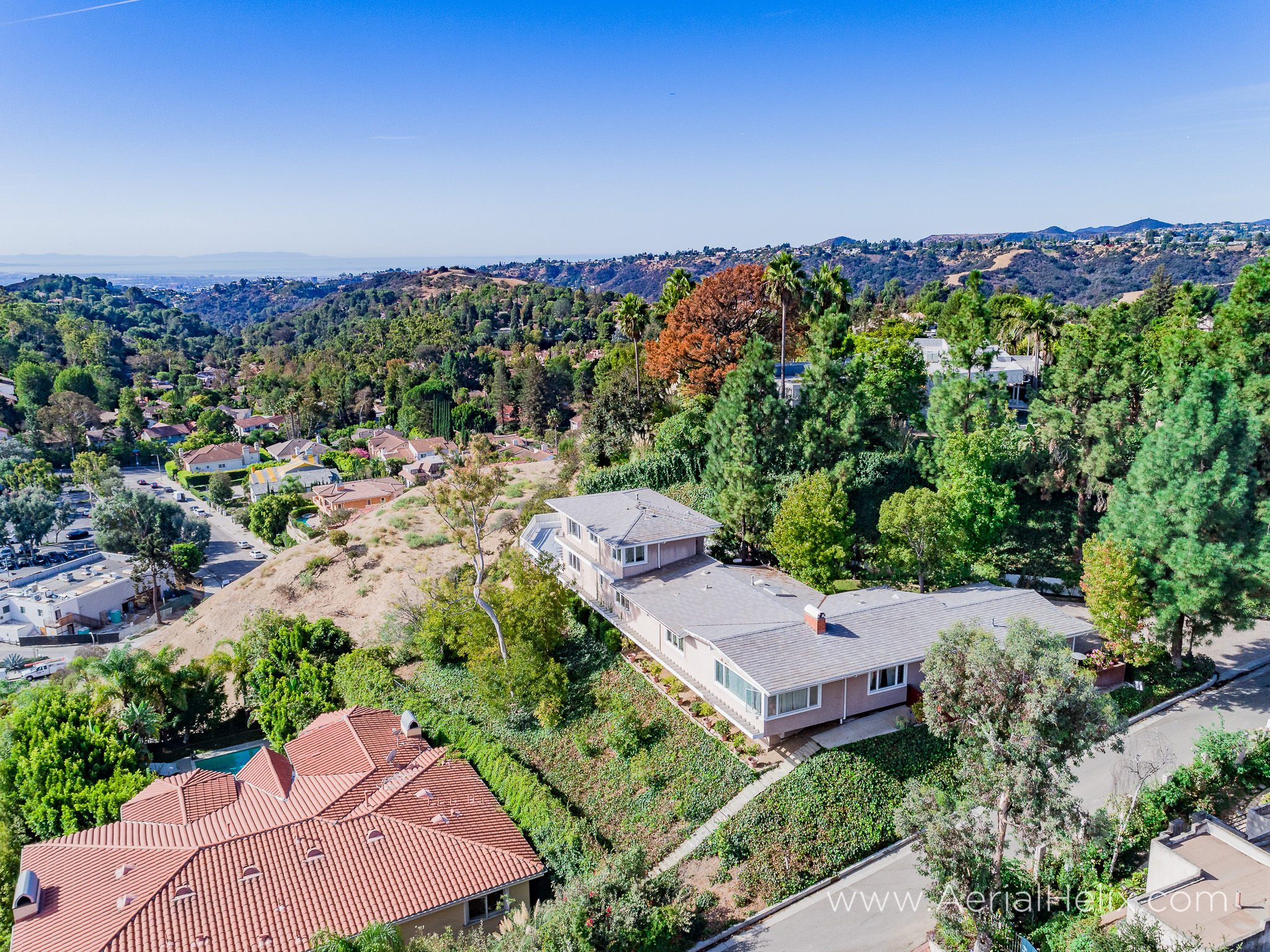 Mullholland Drive Aerial - HELIX Real Estate Aerial Photographer-7.jpg