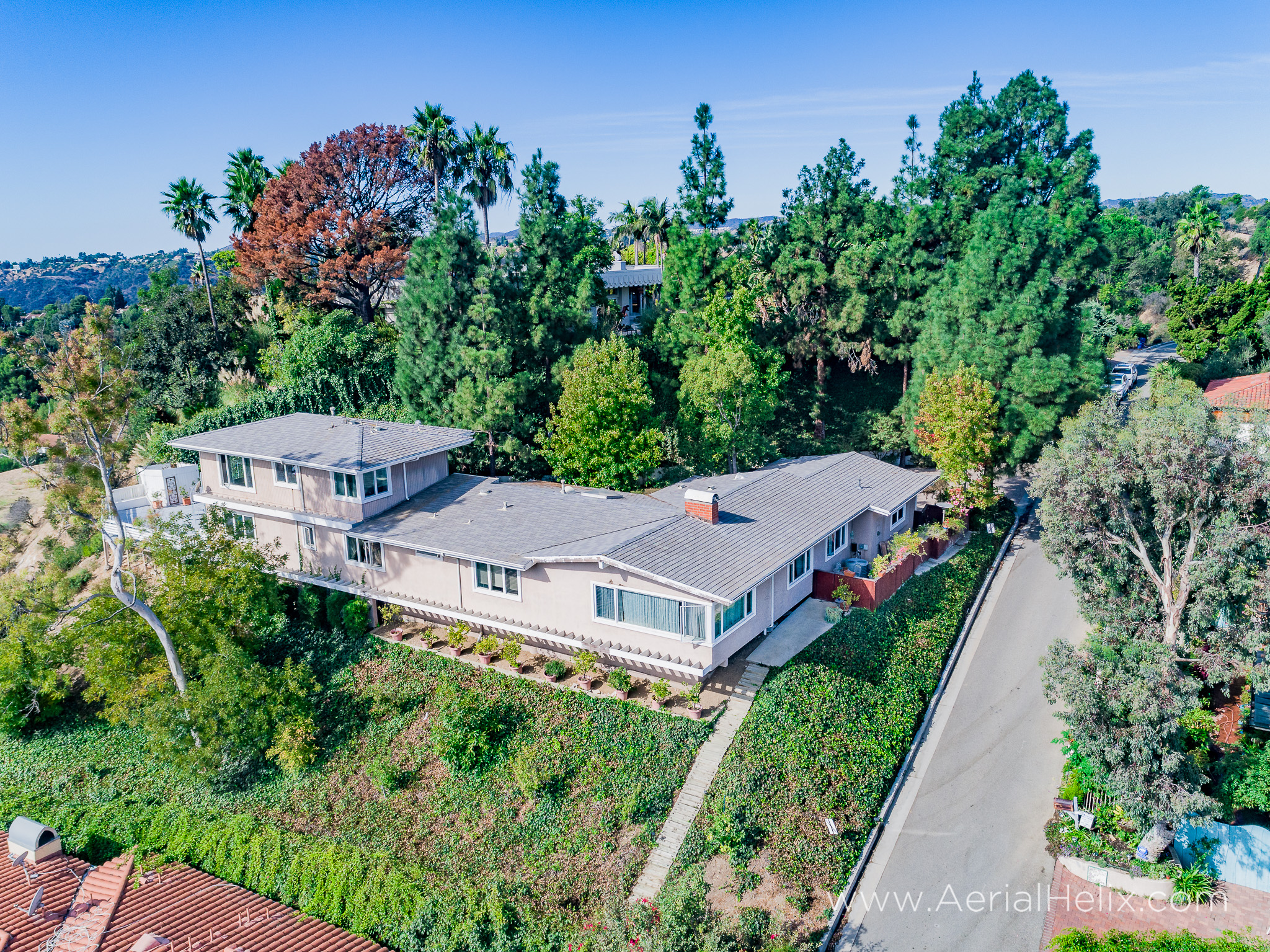 Mullholland Drive Aerial - HELIX Real Estate Aerial Photographer-10.jpg