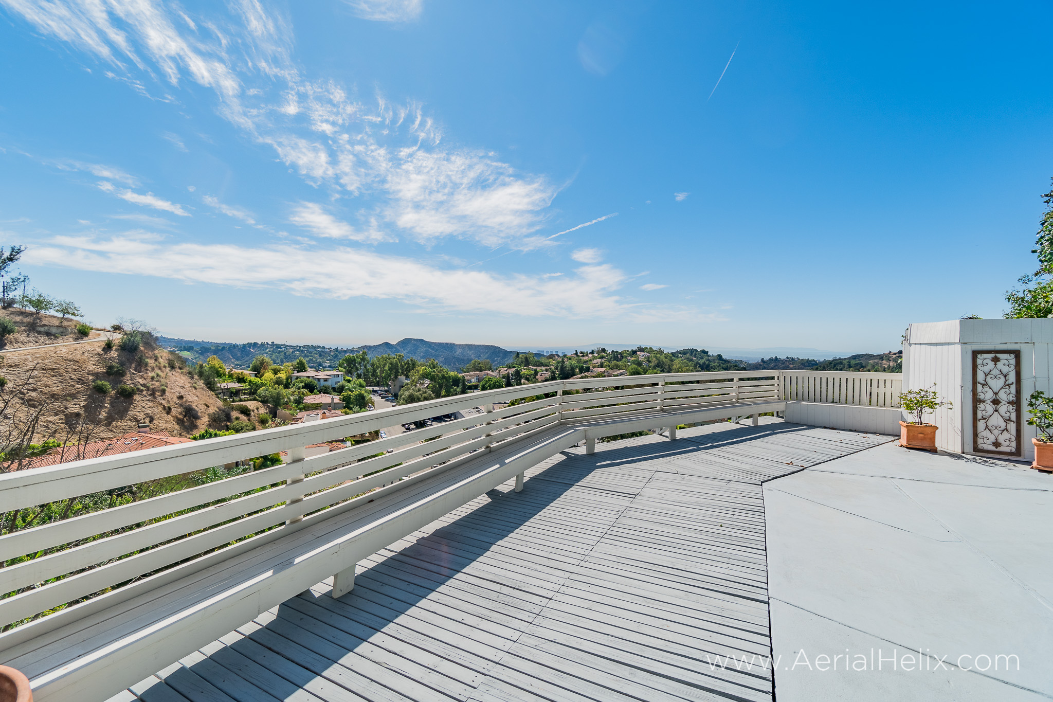 Mullholland Drive - HELIX Real Estate Photographer-7.jpg