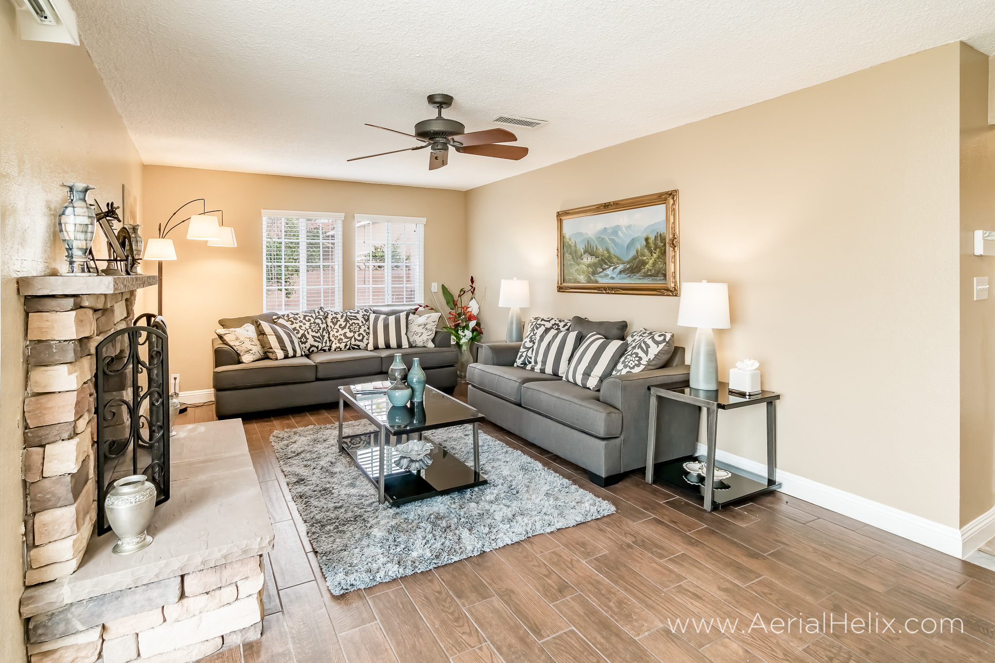 Perrin Drive real estate photography-25.jpg