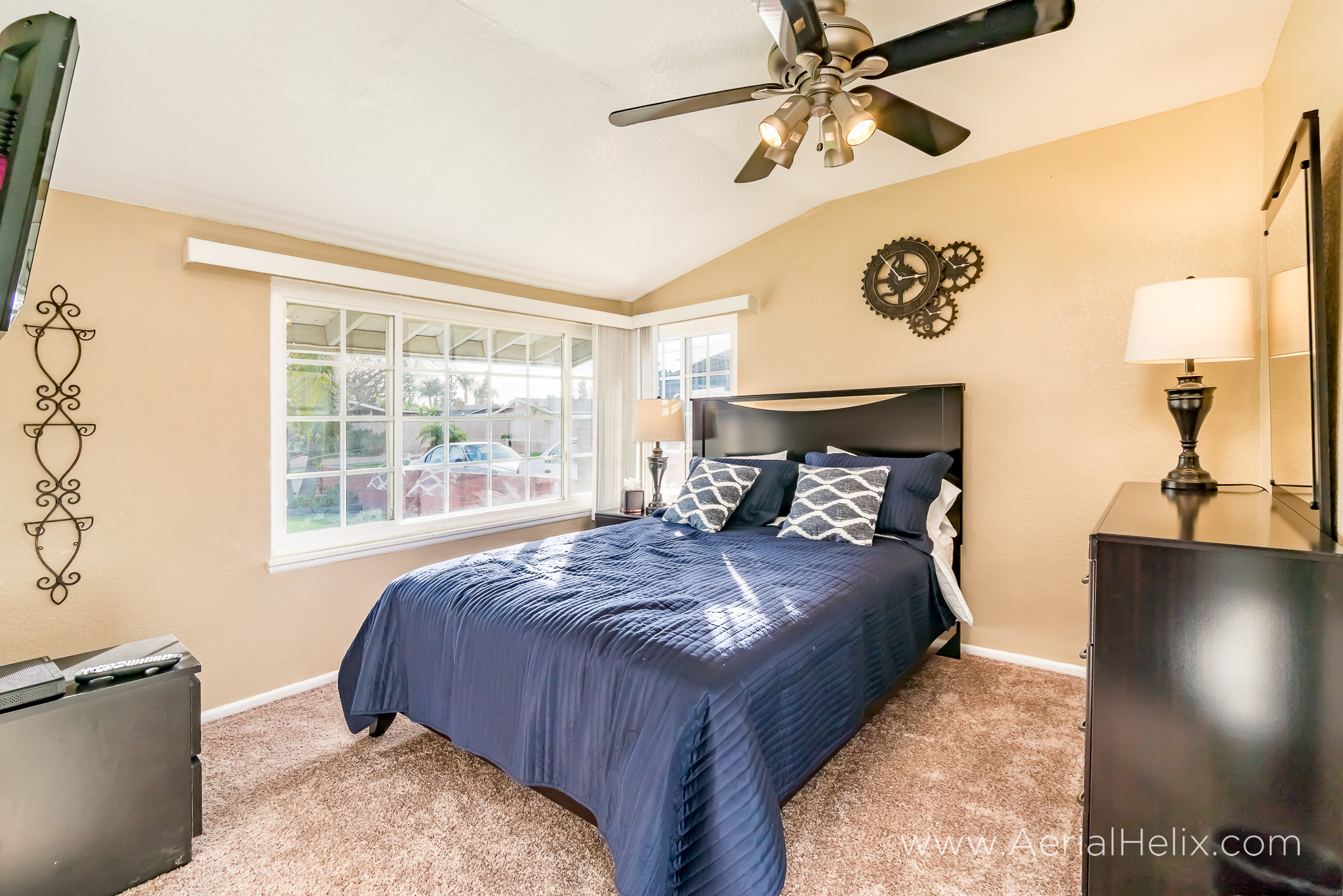 Perrin Drive real estate photography-31.jpg