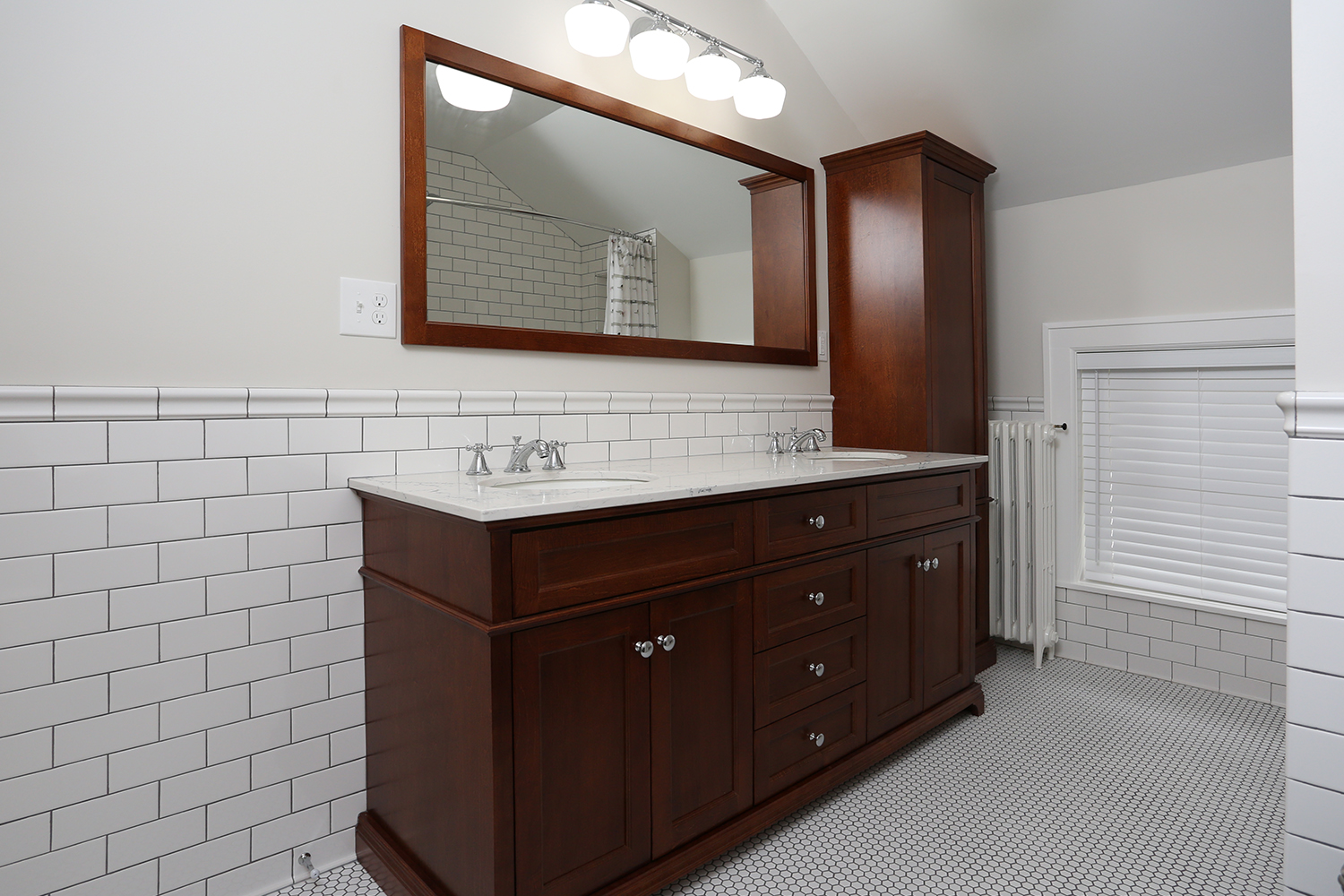 Bathroom7.jpg